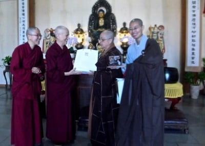 Abbey nuns meet with Ven. Master Wu Yin, founding abbess of Luminary Temple, and one of her disciples.