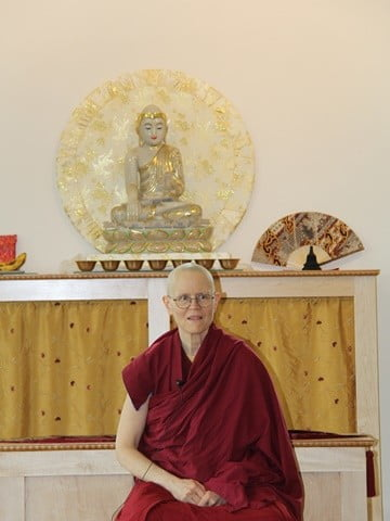 Venerable Thubten Tarpa gives the talk for Bodhisattva Breakfast Corner and shares her joy and delight.