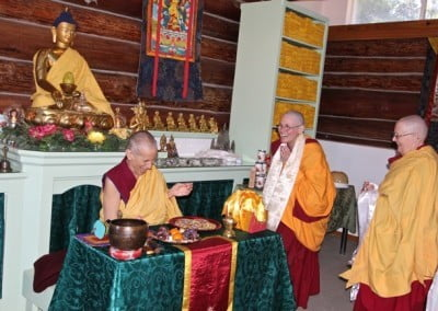 There's much joy in thanking Venerable Thubten Chodron for her retreat guidance.