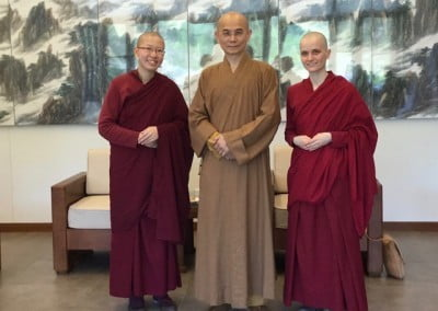 On their first day, the nuns visited Dharma Drum Mountain and met with Venerable Huimin, the vinaya master whom the Abbey relies upon for the varsa.