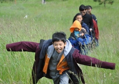Yen Siang flies through the grass!
