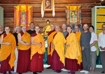 The entire retreat wishes all sentient beings to be free from suffering.