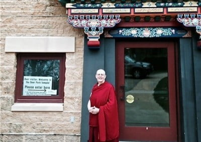 Venerable Thubten Jigme traveled to Madison, Wisconsin, to share the Dharma for a month.