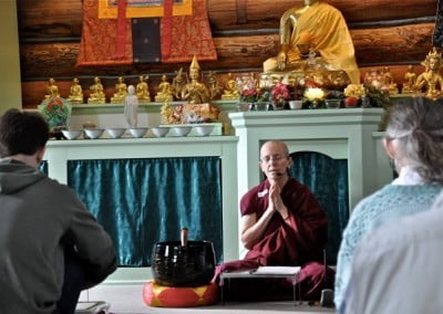 Venerable Thubten Semkye leads the meditation session.