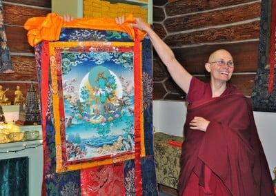 Venerable Chonyi with the Green Tara thangka
