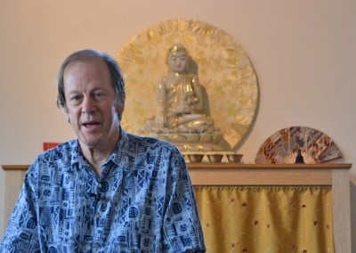 Joshua Cutler, who is interpreting for Geshe-la, gives the Bodhisattva Breakfast Corner talk.