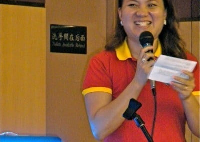 Sherin from Pureland Marketing, the hosts of the Shantideva teachings at Taipei Buddhist Centre, introduces Ven. Chodron.