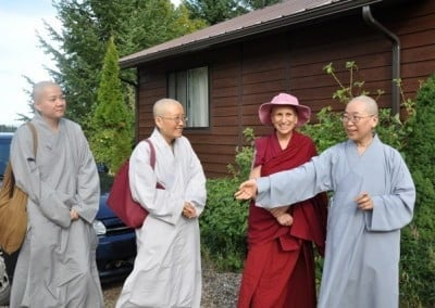 Ven. Chodron welcomes Vens, Jendy, Jenying, and Zhing Yuen.