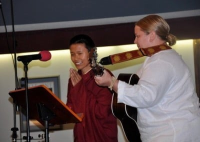 Deborah Hicks accompanies Ani Tsering Wangmo in a beautiful Tibetan chant during the opening of the event.