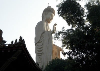 Another enormous Buddha, a standing Shakyamuni, overlooks the 56-acre Fo Guang Shan complex.
