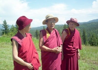 As you can see, we left behind yellow hat sect, red hat sect, etc. and founded the sun hat sect! Left to right: Venerable Thubten Chodron, Panchen Otrul Rinpoche, Venerable Margery.