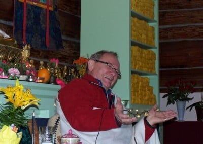 Jeffrey Hopkins teaching in the meditation hall