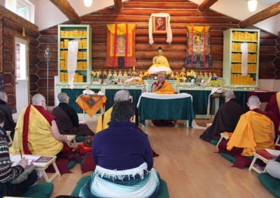 Many people came from all over to receive Geshe-la's teachings on patience.