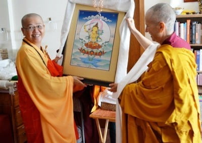 Venerable Mingjia Manjushri Vihara in Taiwan will now have a new painting of Manjushri.