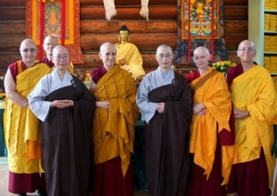 The bhikshuni sangha pose with Venerable Samten