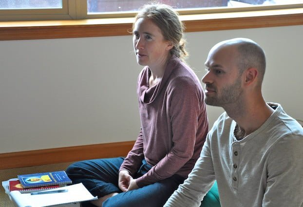 Receive Buddhist teachings and meditation instruction.