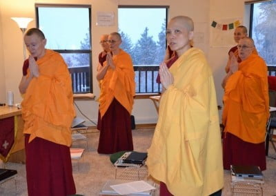 The sangha awaits Ven. Chodron's arrival for the Friday night teachings.