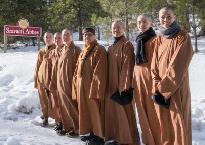 The Luminary International Buddhist Society faculty. Each nun contributed to the Living Vinaya in the West course in multiple ways. Photo by Gen Heywood Photography.