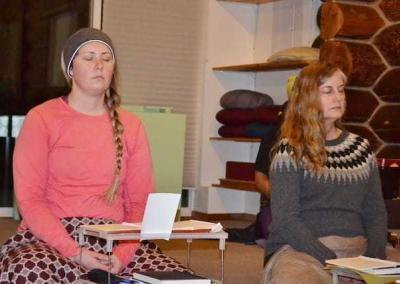 Karen and Jane visualize Amitabha Buddha.