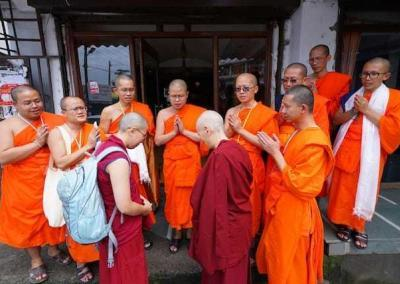 Abbey nuns receive a blessing from Ven. Vajiramedhi and his sangha from Raicherntawan Meditation Centre in Thailaind, who were in Dharamsala to meet His Holiness and attend his teachings.