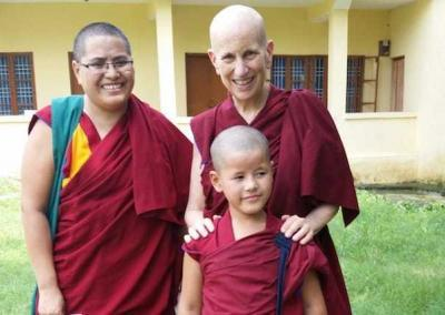 Geshe Lhadron with Ven. Chodron and Jamyang Choling's littlest nun.