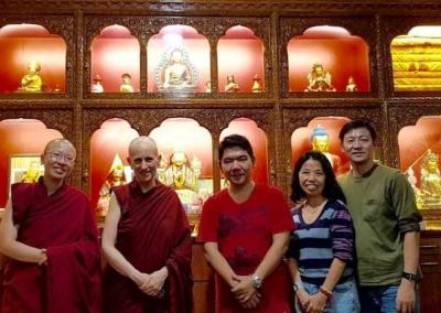 Abbey friends Richard and Joline from Singapore offer lunch for Serkhong Rinpoche and our nuns.