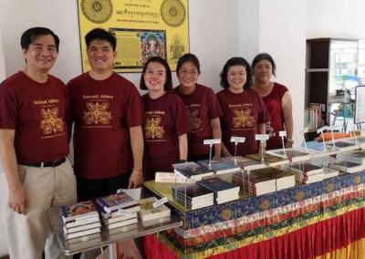 The FOSA-S offer an information table with books and more.