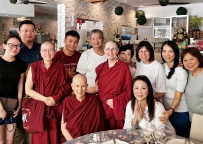 Kenryuu's extended family helped with many aspects of the tour and offered a delicious lunch as an auspicious close to the weekend retreat, which many of them attended in full.